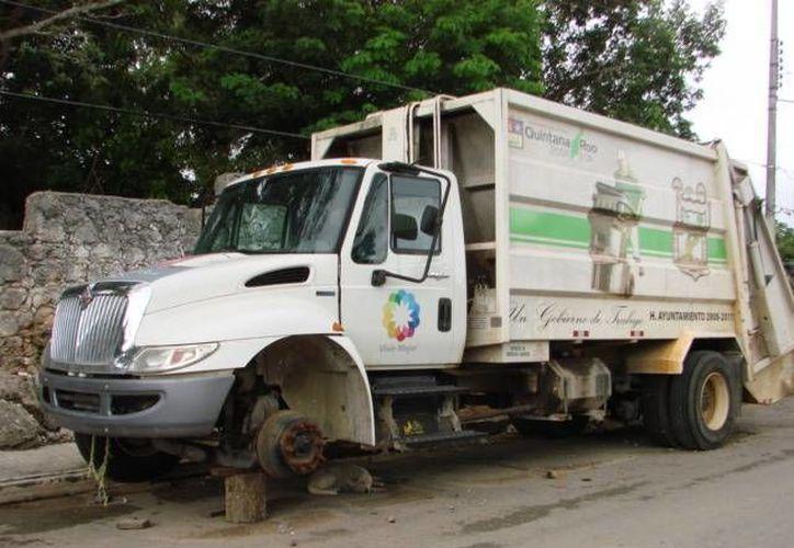 El municipio reconoce que el problema se debe a que hay algunas unidades recolectoras que están en mal estado.  (Manuel Salazar/SIPSE)