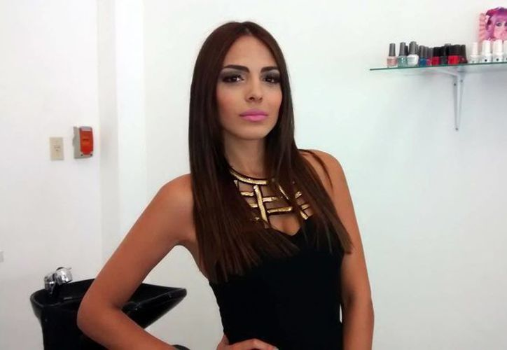 La Miss Yucatán 2014 Renata Rábago (foto) se sometió a diversos tratamientos naturales para que sus cambios de apariencia sean más naturales.(Milenio Novedades)
