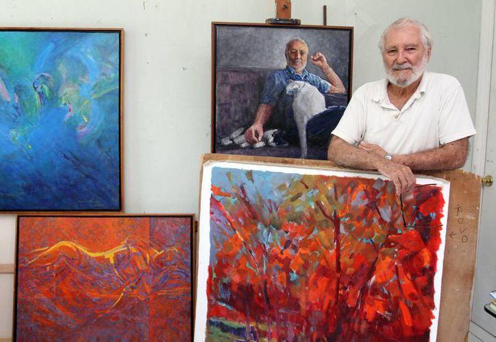 'El arte es una necesidad de expresión íntimamente humana', considera el pintor Alonso Gutiérrez Espinosa, quien ofrecerá una exposición sobre sus obras antiguas y recientes. (SIPSE)