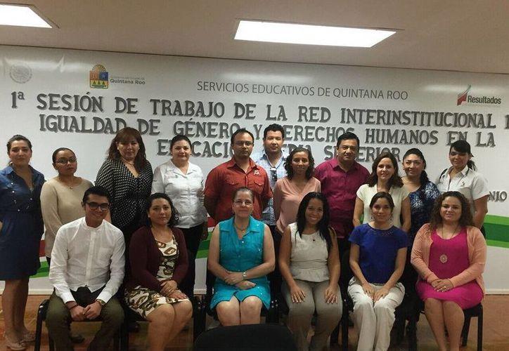 """La primera reunión de la """"Red Interinstitucional de Igualdad de Género y Derechos Humanos en la Educación Media Superior"""" se llevó a cabo en Chetumal. (Redacción/SIPSE)"""
