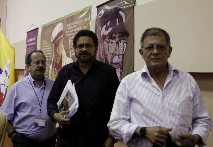 Las FARC reportan un balance positivo de las pláticas con el gobierno colombiano. (Agencias)