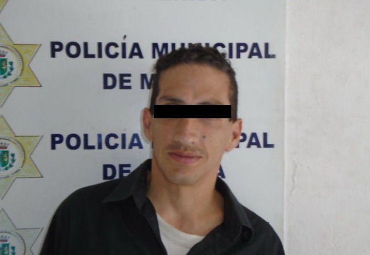 El agresor fue arrestado a las puertas de las instalaciones de la Policía de Mérida, en la calle 57 entre 52 y 54 del Centro.