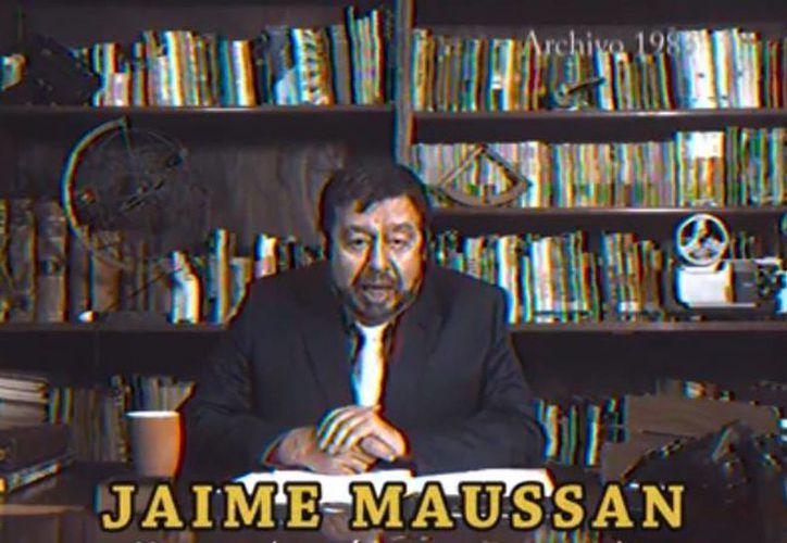 El famoso conductor e investigador de fenómenos extraños Jaime Maussan acudió al puedo de Hawkins para investigar lo sucedido en 'Stranger Things'. (Captura de pantalla/Stranger Things)