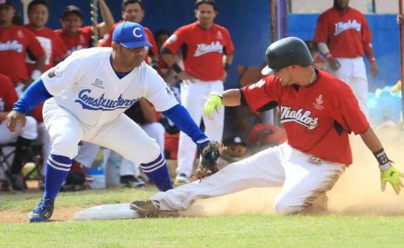 Los Diablos de la Bojórquez tienen en el cubano Agete a una de sus grandes estrellas. (Foto: SIPSE)