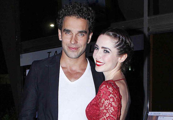 La actriz mexicana, Ariadne Díaz fue sorprendida por la propuesta de matrimonio por su pareja Marcus Ornellas en su cumpleaños.  (Foto: Telemundo.com)