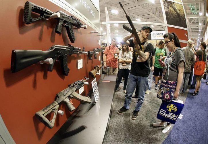 Defense News realizó un conteo de las empresas fabricantes de armas: cinco estadounidenses dominan la lista. (Archivo/AP)