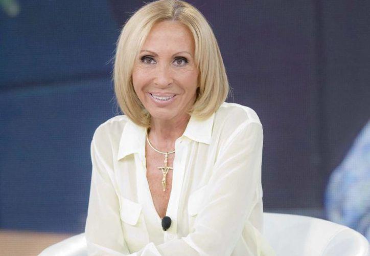 Laura Bozzo externó su apoyo a la actriz y cantante Lucero por el escándalo que le afecta. (Archivo/SIPSE)