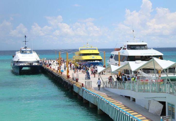 Se estima que a diario, 7 mil 219 personas viajan desde Playa del Carmen hacia Cozumel. (Foto: Daniel Pacheco)