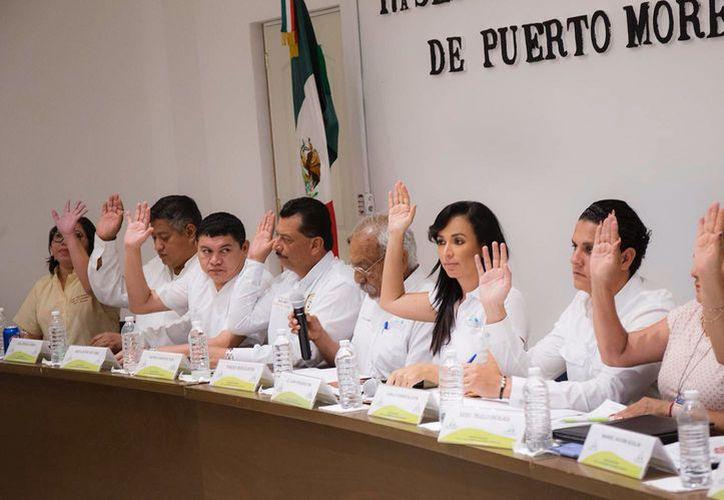 Reducen el horario de la venta de bebidas alcohólicas, con el objetivo de frenar la violencia en Puerto Morelos. (Foto: Redacción/SIPSE)