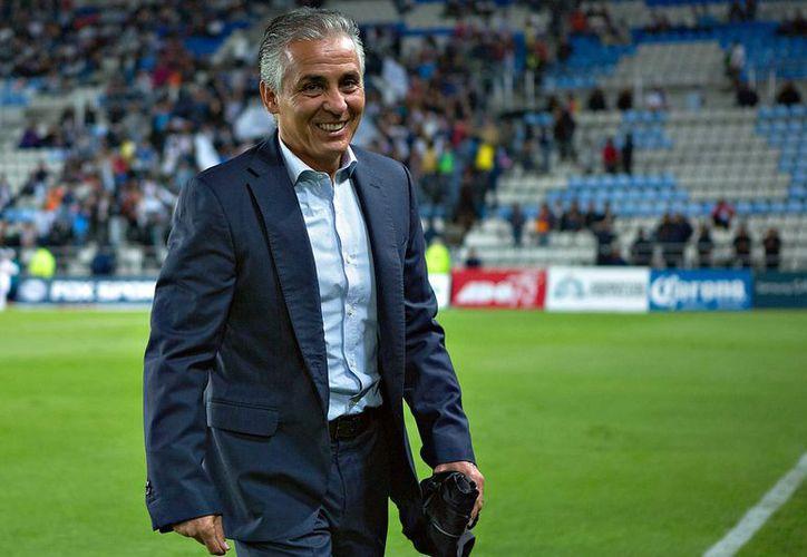 Sergio Bueno fue jugador atlantista en 1988, y en su trayectoria como director técnico ha dirigido a equipos como Chiapas, Santos Laguna y Atlas. (SIPSE)