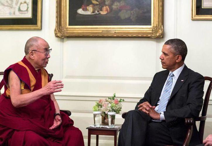 Obama en encuentro con el Dalái Lama reiteró su firme apoyo a la preservación de las tradiciones religiosas, culturales y lingüísticas únicas del Tíbet. (@Dalailama)