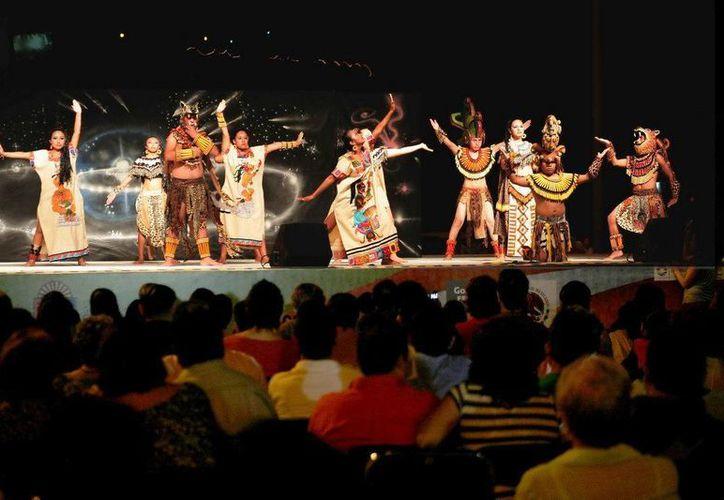 Durante el festival se presentan diferentes actividades  de arte, cultura, tradiciones e identidad; funciones de danza clásica, contemporánea y tradicional. (Redacción/SIPSE)