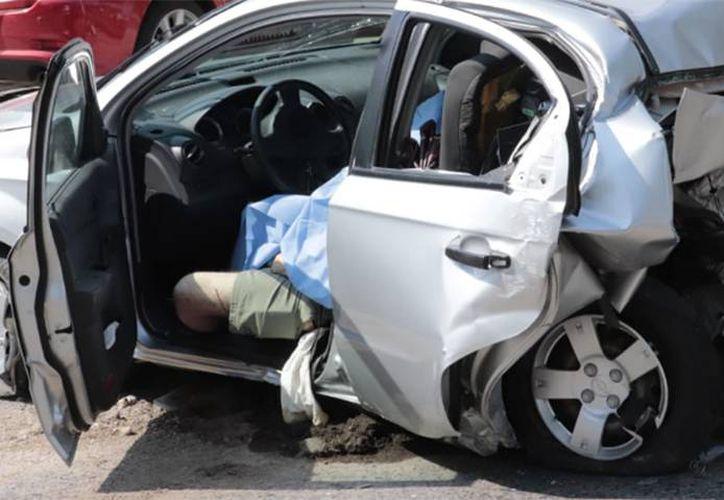 Una pareja perdió la vida el domingo en un choque que fue protagonizado por el futbolista Joao Maleck. (Twitter)