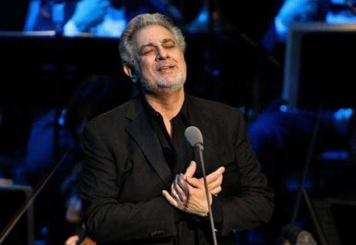 Plácido Domingo, uno de los mejores tenores del mundo, cantará en el marco del  Festival Internacional de la Cultura Maya. (SIPSE Archivo)
