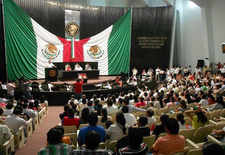 La reforma el capítulo cinco  y la adición de un capítulo cinco bis a la Ley de Salud de Quintana Roo permitirán mejorar la atención de la salud de la mujer y el niño. (Juan Palma/SIPSE)