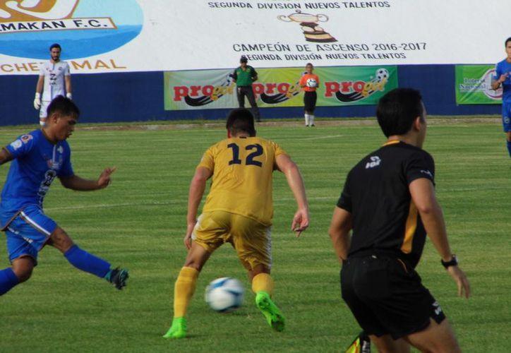 Los Chacmooles de Yalmakán jugaron su primer partido como locales en el estadio José López Portillo. (Miguel Maldonado/SIPSE)