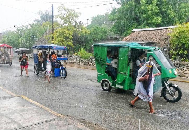Pronto Yucatán tendrá una Ley del Sistema de Justicia Maya. La imagen corresponde a una procesión religiosa en Kinchil. (SIPSE)