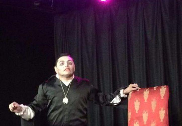 El actor Carlos Martínez estuvo contento con la calificación de los jurados. (Redacción)