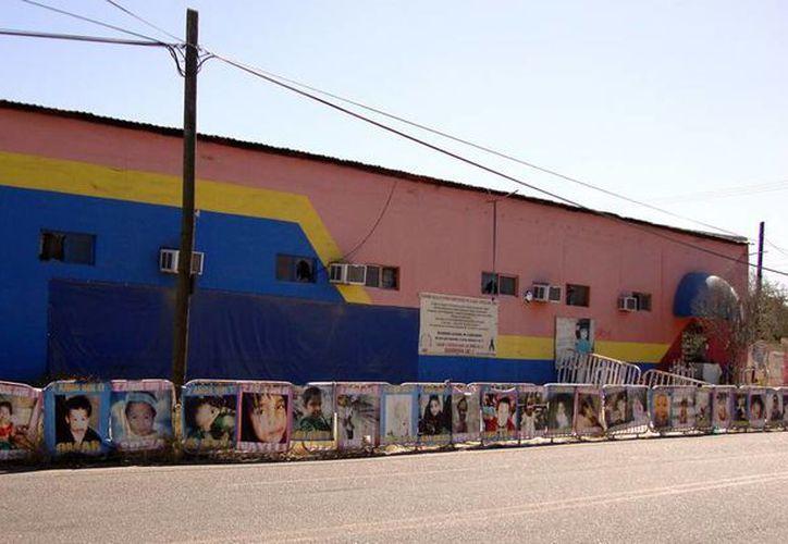 El incendio en la guardería ocurrió el 5 de junio de 2009 en Hermosillo en una bodega contigua propiedad de la Secretaría de Hacienda. (elhorizonte.mx)