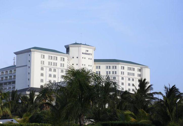 Los hoteles ofrecen paquetes de hospedaje y salones de eventos. (Israel Leal/SIPSE)