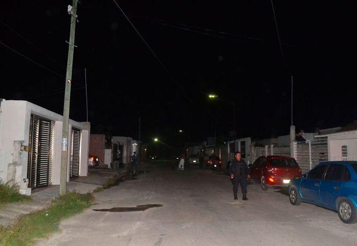El cuerpo se encontró dentro de una vivienda la noche del sábado. (Redacción/SIPSE)