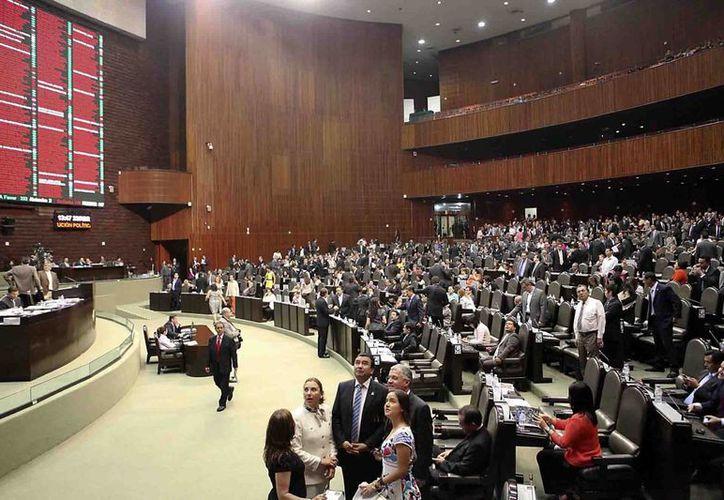 La izquierda rechazó el cambio -con categoría de minuta pasa al Senado-, por considerar que vulnera la soberanía y la seguridad nacional. (Archivo/El Universal)