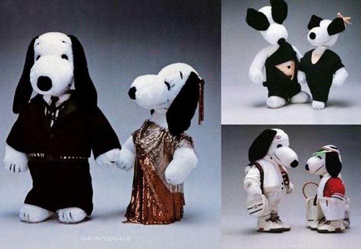 Snoopy y Belle vestidos por: Gianni Versace a la izquierda; Jean Paul Gaultier arriba a la derecha y Gucci abajo a la derecha. (Cortesía/Milenio)