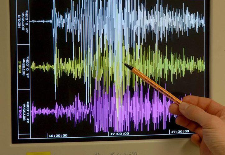Según el Centro de Vigilancia de Tsunamis, el sismo se originó a 10 kilómetros de profundidad. (Archivo/EFE)