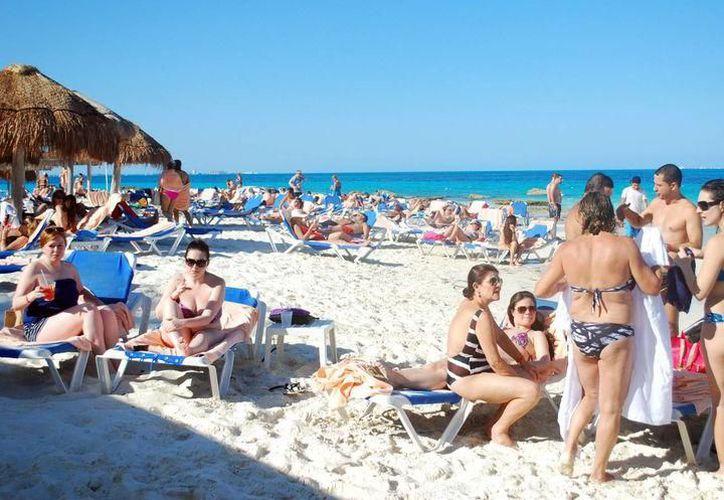 En 2017, más de 16.9 millones de visitantes viajaron a Cancún y a la Riviera Maya. (Archivo)