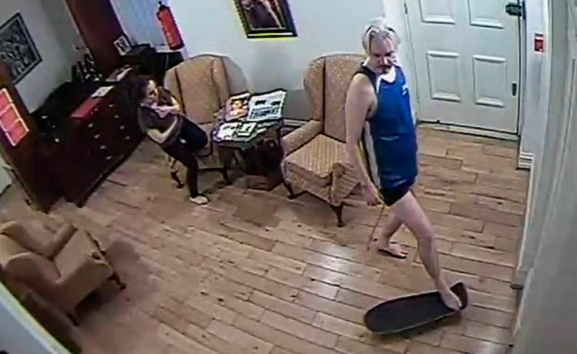 Julian Assange ya era un huésped incómodo en la embajada. (Internet)