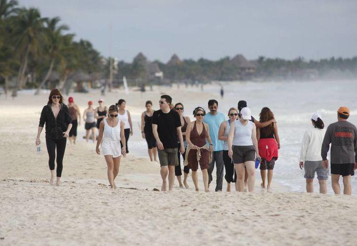 El meteorólogo recuerda el sismo que se suscitó hace 13 años en Cancún. (Israel Leal/SIPSE)