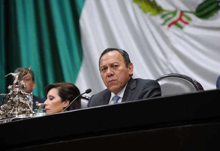 Jesús Zambrano advirtió que los gobernadores de todos los partidos serán investigados. (Archivo/Notimex)
