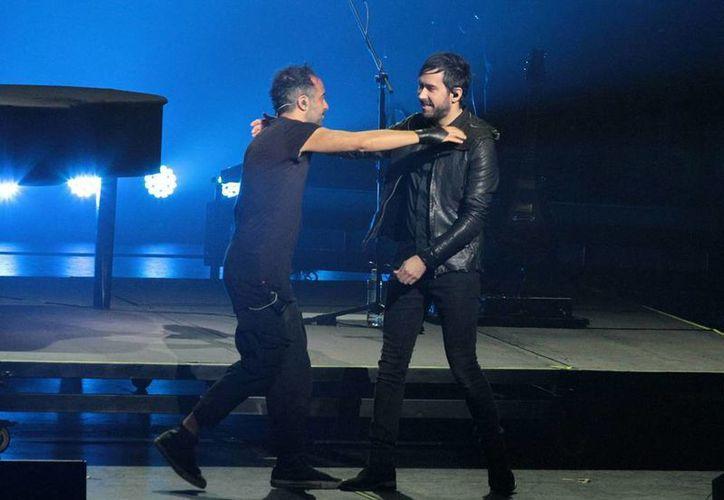 Mario Domm y Pablo Hurtado mostraron gran emoción de iniciar su tour <i>Elypse</i>. (Notimex )