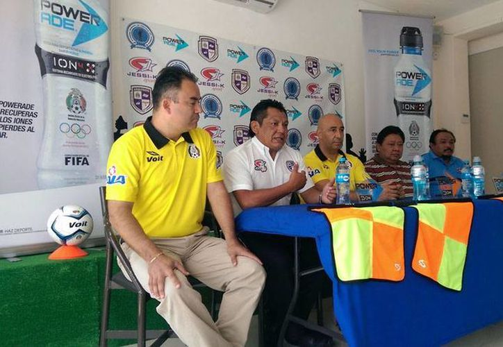 Este lunes se anunció un curso de capacitación para árbitros yucatecos. (Milenio Novedades)