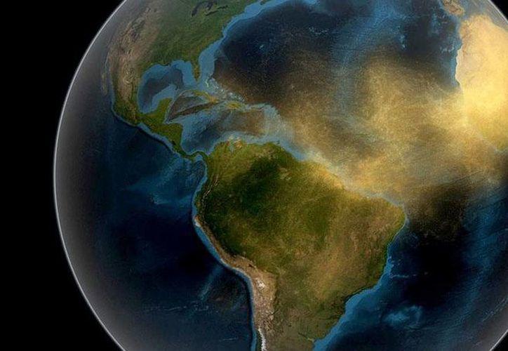 Representación gráfica de cómo viaja el polvo del Sahara por el mundo, el cual causa enfermedades. (twitter/@semanariofides)