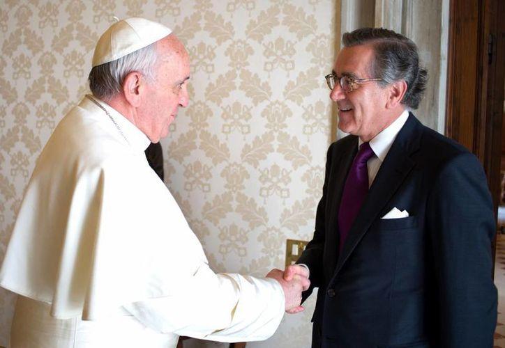 El Papa Francisco recibió este sábado a Néstor Osorio, presidente de Asuntos Económicos y Sociales de la ONU. (Agencias)