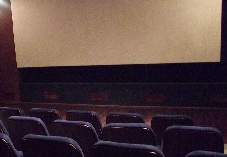 Al parecer, la niña de cinco años había visto un alma en pena disfrutando la función de cine. (Archivo/SIPSE)