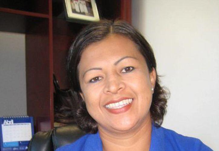 Fabiola Vicencio fue nombrada por el presidente municipal. (Lanrry Parra/SIPSE)