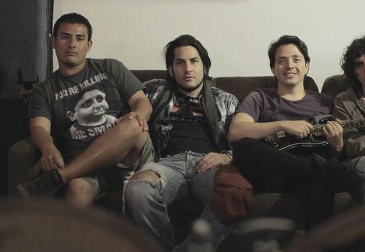 La banda de música está formada por cuatro integrantes. (Redacción)