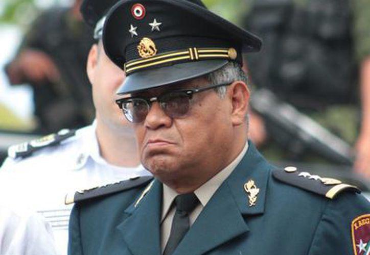 El General de Brigada D.E.M., René Carranza García,  puntualizó que el Ejército ayuda a mantener la paz del país. (Gustavo Villegas/SIPSE)