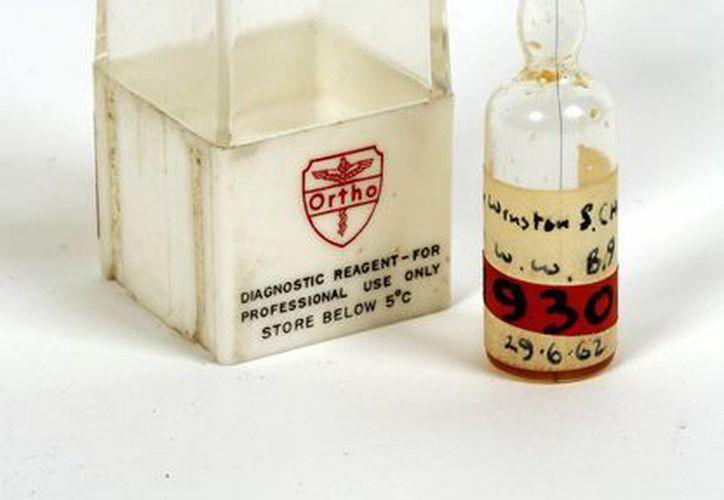 La ampolla que contiene la sangre de Winston Churchill podría alcanzar miles de libras esterlinas en subasta. (EFE)