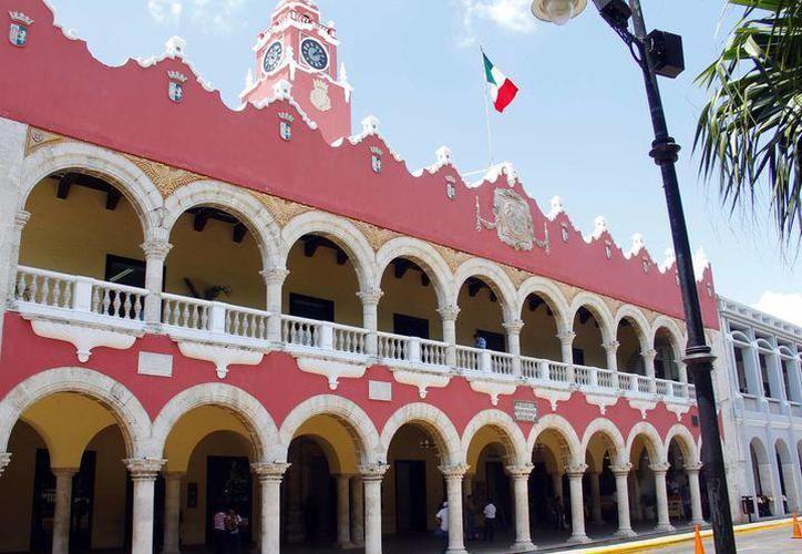 La propuesta de la alcaldesa, María Fritz Sierra involucra que el Ayuntamiento de Mérida pague de manera anticipada 111 millones de pesos. (SIPSE)