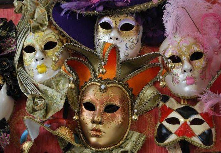 Cada máscara deberá tener una ficha técnica con el nombre del autor, material utilizado y escuela a la que pertenece el creador. (Contexto/Internet)