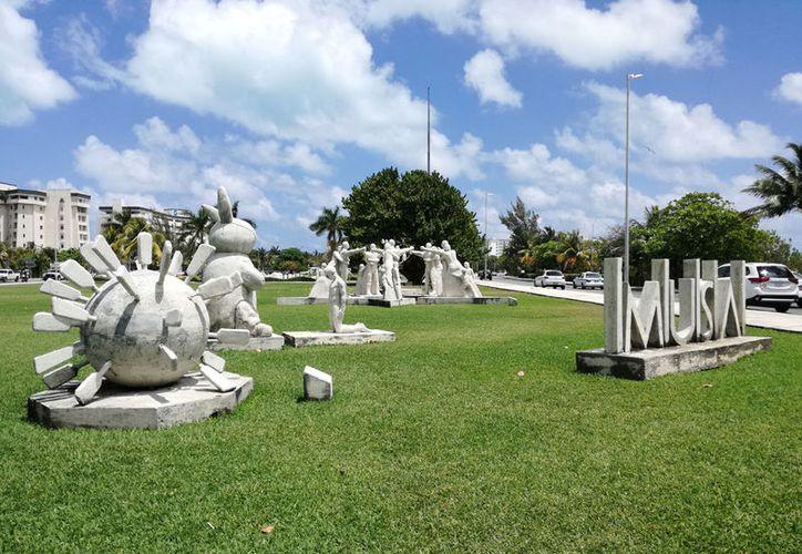 Las esculturas serán ubicadas fuera el polígono protegido con el fin de desahogar de visitantes la zona. (Ivett Ycos/SIPSE)