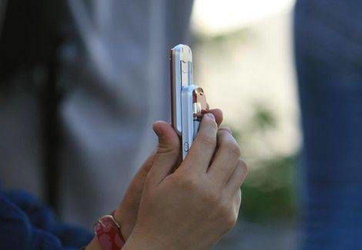Antes de intervenir celulares las procuradurías deberán demostrar a las empresas telefónicas que se trata de casos de extrema urgencia como secuestro y extorsión. (Milenio/Foto de contexto)