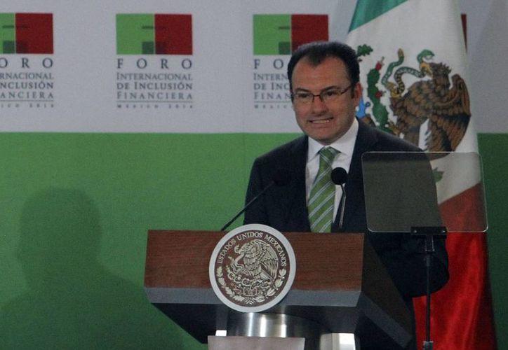 """Luis Videgaray, secretario de Hacienda, dijo que """"vamos a ver una transformación muy importante que tendrá beneficios claros y palpables en la economía familiar"""". (Foto: Archivo/Notimex)"""