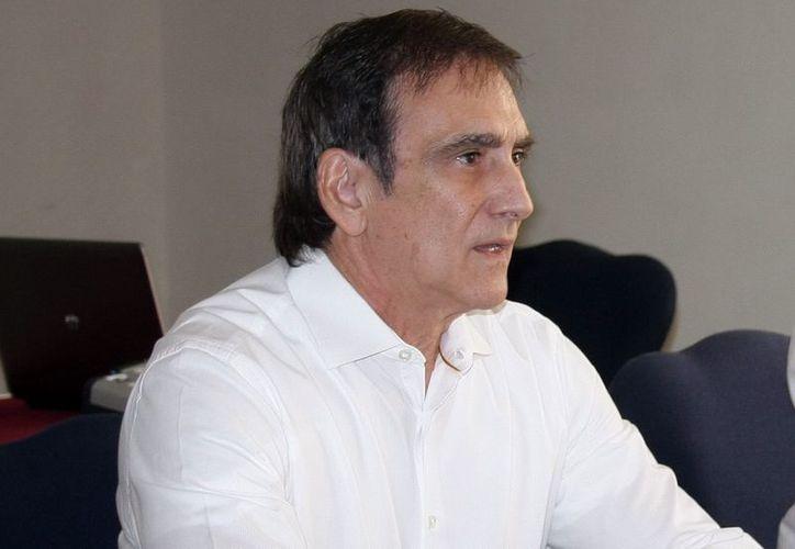 Jorge Manzanilla Pérez: también se ayudará a los artesanos a conseguir su primer inventario. (SIPSE)