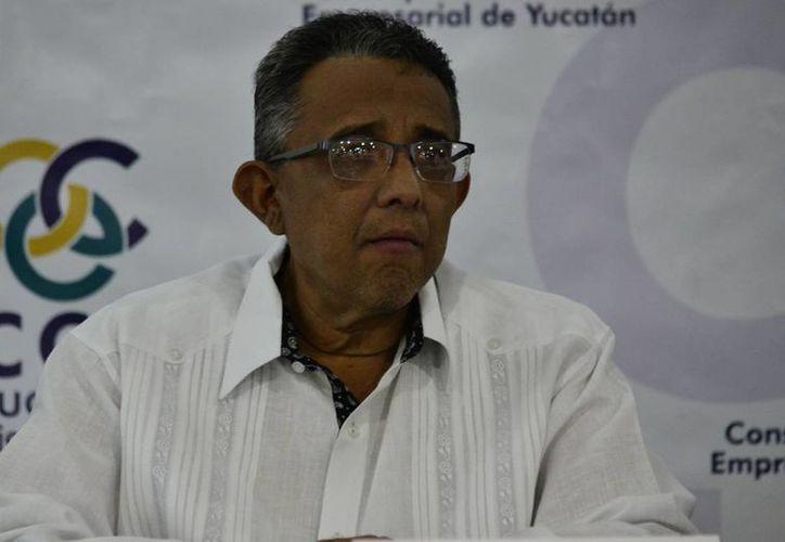 Mario Can Marín, presidente del CCE, aseguró que 'El panorama se torna incierto por la volatilidad del peso frente al dólar, el precio del petróleo y las elecciones en Estados Unidos'.  (Milenio Novedades)