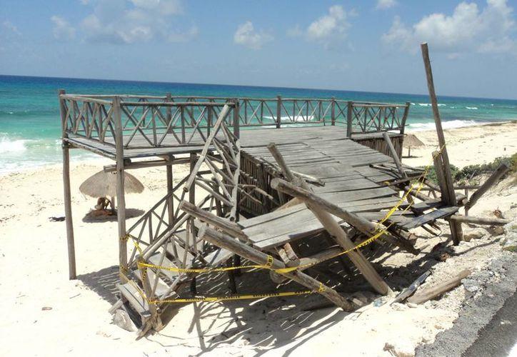 El mirador se ubica en la zona oriente, a la altura de la playa Chumul. (Julián  Miranda/SIPSE)