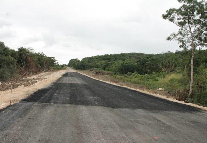 Este año se invertirán 30 millones de pesos en la obra vial. (Edgardo Rodríguez/SIPSE)